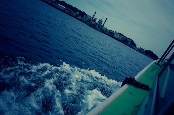 城ヶ島渡船「白秋」からの眺め
