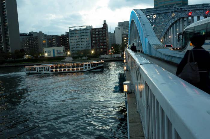 永代橋を撮る