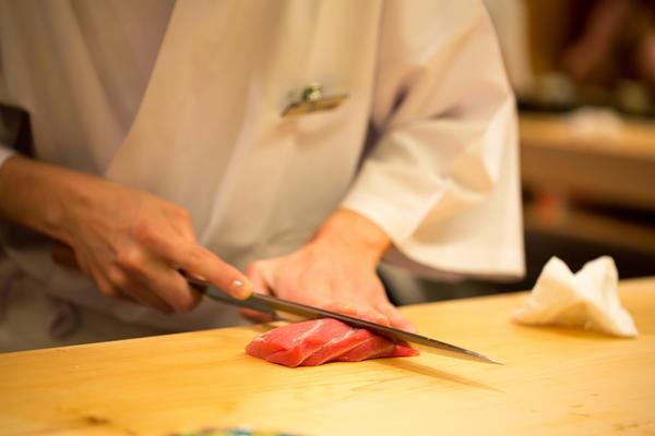 女性の寿司職人がいない理由がついに判明wwwww