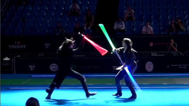 効果音ってすごい。フェンシング選手2人のライトセイバー・バトルを加工したら映画並みの迫力に