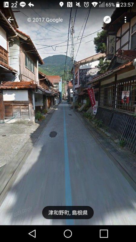 【画像】こういう感じの町並みがある田舎町好きなヤツ