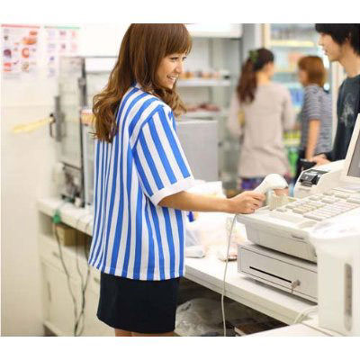 【アカン】コンビニ女子店員「530円のお返しです」俺「レシートいらないです、あと俺の顔見て」・・・・・