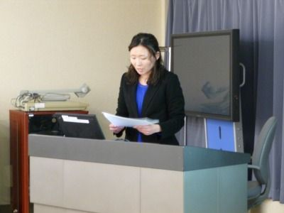 発表者の野本瑠美先生