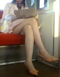 マジでムラッとくる脚の綺麗な画像
