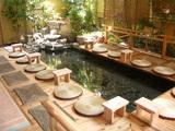 天然掛け流し温泉の足湯