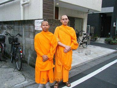 日本に居たタイのお坊さん