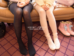 socks_stockings2015006