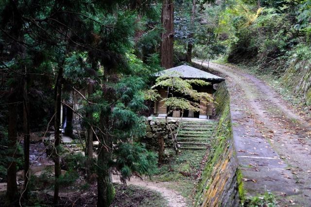 長寿寺奥の院1