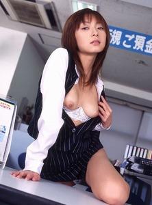 com_s_h_a_shane01_OL-001