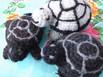 編みぐるみカメ