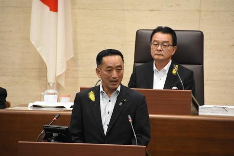 戦後、第30代岩手県議会議長に就任「議会は県民の意思決定の場」を強調