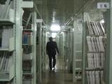 県立図書館の書庫