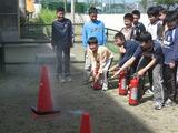 水消火器で訓練