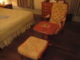 足置きとセットの椅子