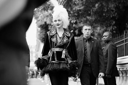 Jean Paul Gaultier F/W Haute Couture 2011 - backstage / street