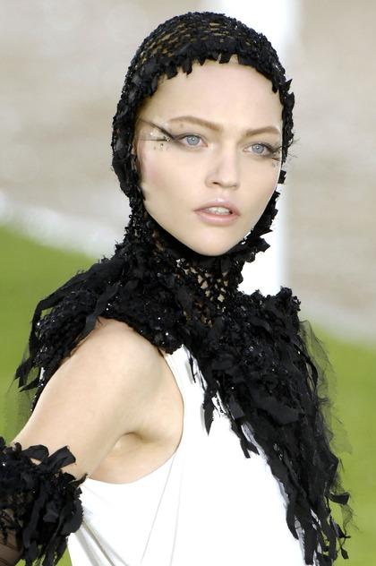 CHANEL - Haute Couture F/W 2007