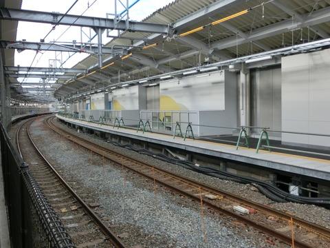 鴫野駅 1番のりば改装工事(2018年11月4日)