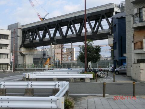 阪急淡路駅 高架化工事(2016年11月)