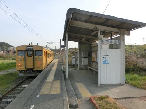 1日に列車が3本しか来ない終着駅・長門本山駅を訪れる (ホーム・駅名標・車両・駅前) 【2019年4月】