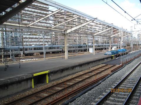 新大阪駅 旧17・18番のりば改装工事(2013年1月)