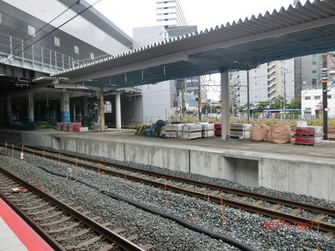 新大阪駅 旧11・12番のりば改装工事(2017年10月)
