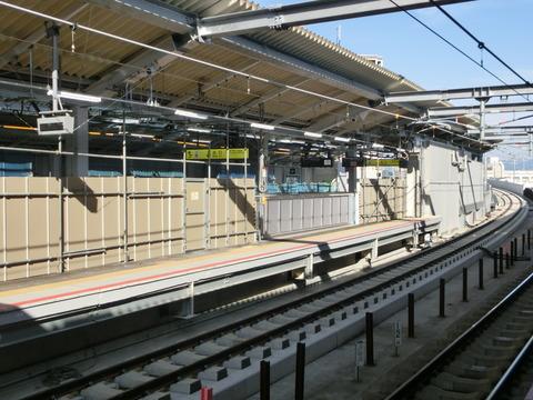 鴫野駅 3番のりば使用開始 1週間前の様子(2018年5月12日)
