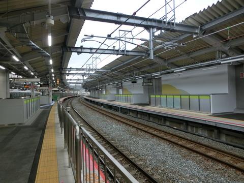 鴫野駅 1・2番のりば改装工事(2019年2月17日)