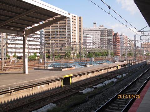 新大阪駅 旧17・18番のりば改装工事(2013年4月)