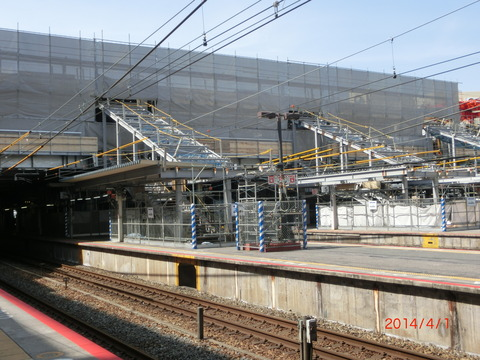 JR尼崎駅 駅舎増築工事(2014年4月上旬)