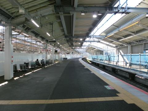 鴫野駅 2番のりば(仮設ホーム) 使用停止 1週間前の様子 【2018年5月12日】