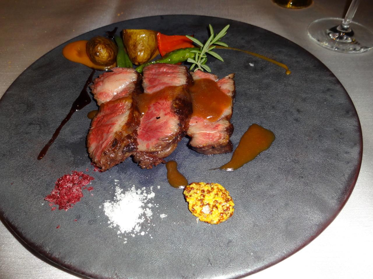 26広島牛のステーキ (2)
