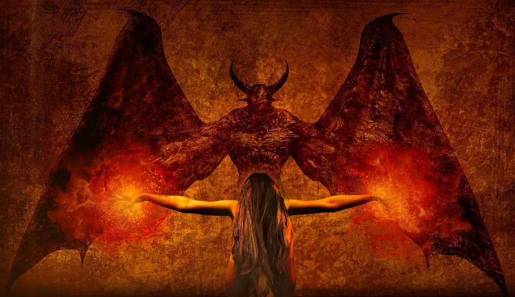 【バチカン】〈深刻なエクソシスト不足〉インターネットで悪魔召喚!携帯電話で悪魔祓い!バチカンが恐れていた未来は訪れたか