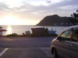 宿の前の海