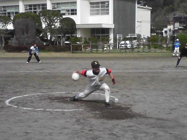 グランドソフトボール