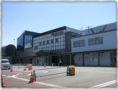 JR糸魚川駅