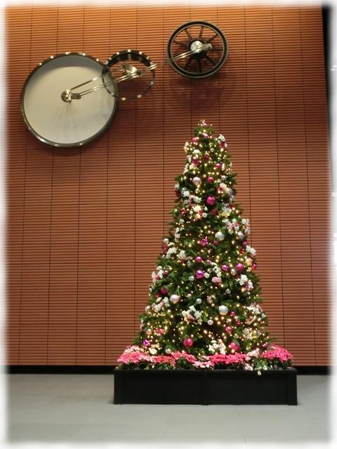 JR神田万世橋ビルクリスマスツリー