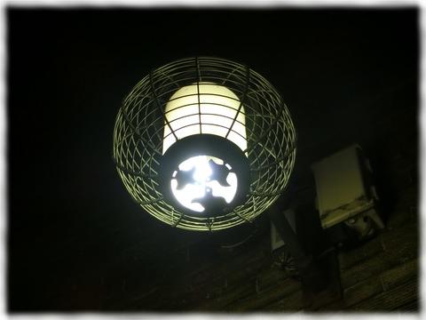 歌舞練場外灯