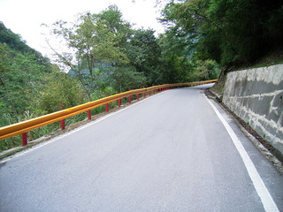 台湾 ガードレール