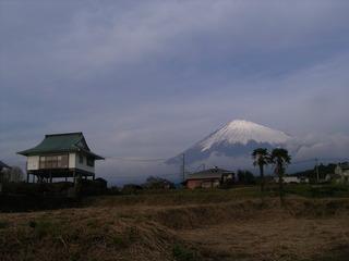 富士山と建物