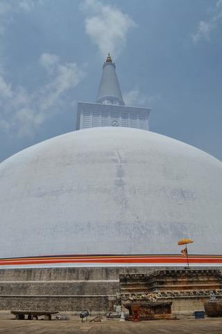 アヌラーダプラ メインの寺
