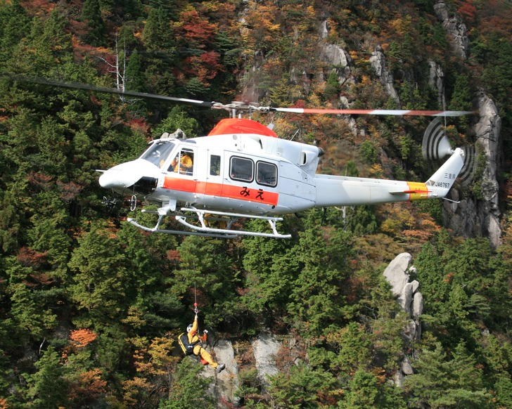 Bell_412_JA6767
