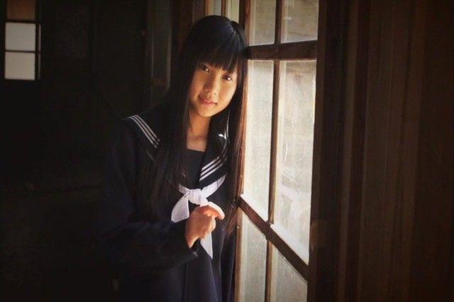 JCジュニアアイドルの水城るなちゃんの水着がたまらなくエロくて抜ける画像下さい!画像14