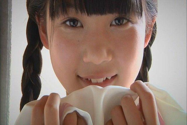 JCジュニアアイドルの水城るなちゃんの水着がたまらなくエロくて抜ける画像下さい!画像9