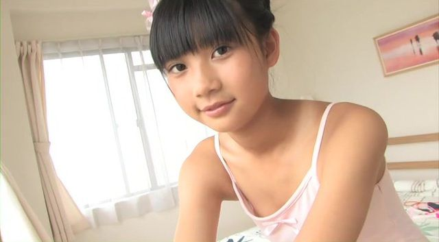 JCジュニアアイドルの水城るなちゃんの水着がたまらなくエロくて抜ける画像下さい!画像18