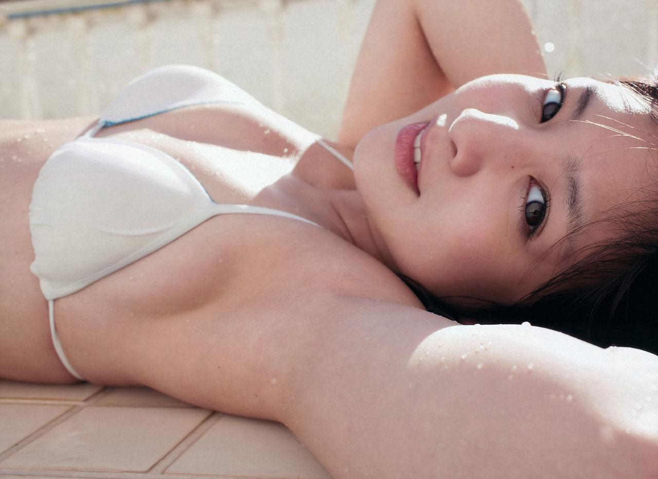 ロリ顔妹系グラドル小池唯の美乳おっぱいのエロ画像下さい!画像8