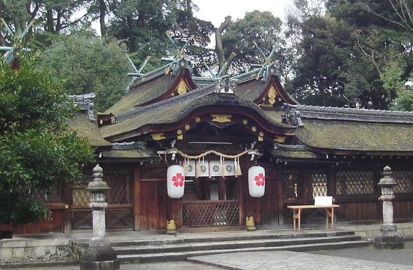 800px-平野神社_本殿