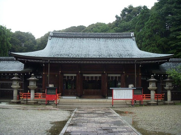 799px-Kyotoreizangokoku_haiden