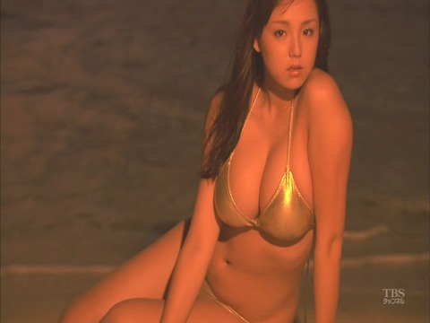 Beach Angels 篠崎愛_00_00_42_01 (50)