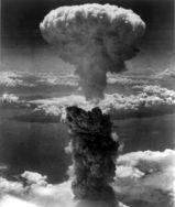 長崎の原子雲