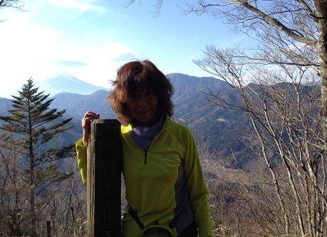 鳥ノ胸山山頂にて2s